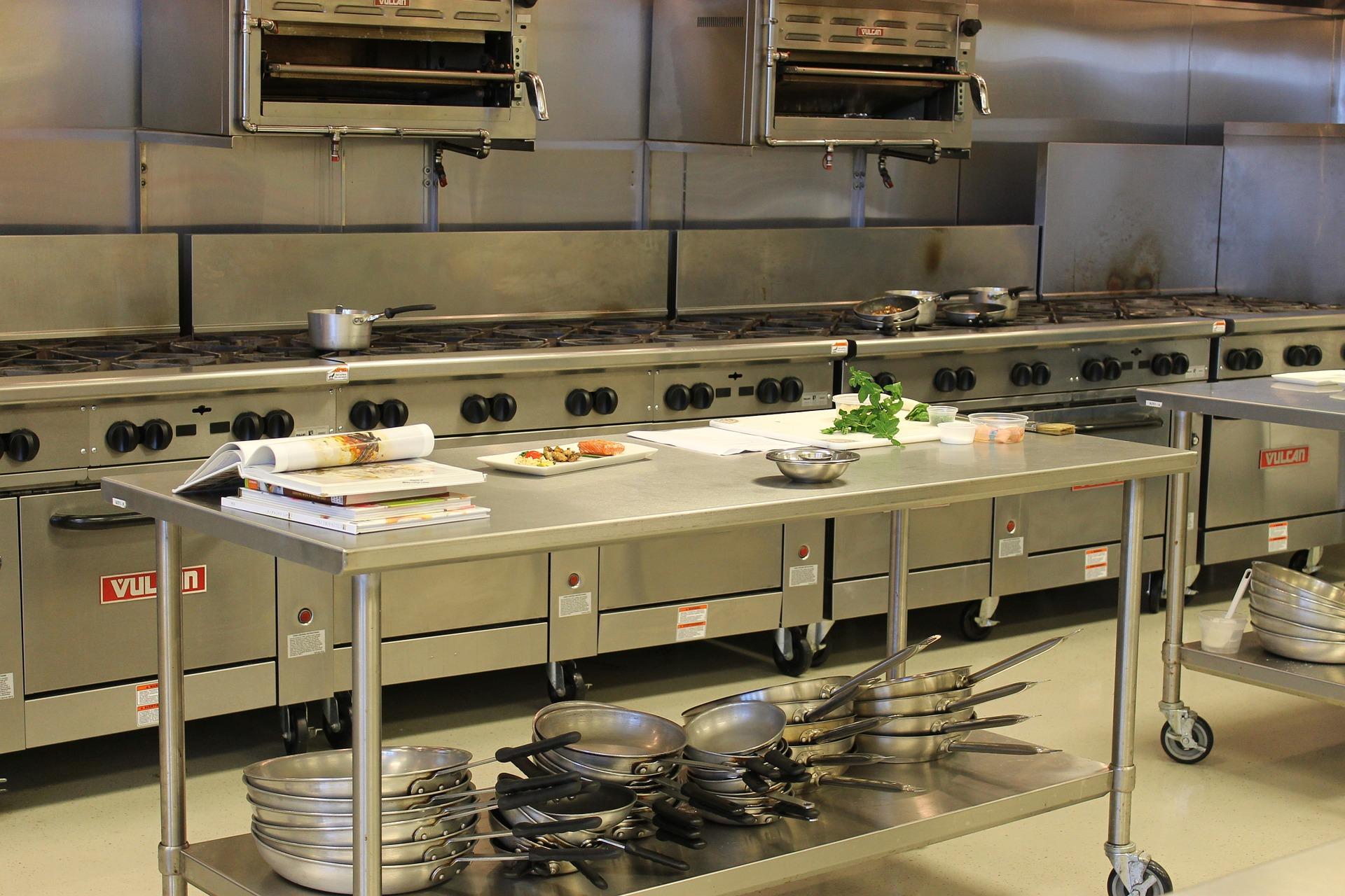 kitchen-1159532_1920.jpg
